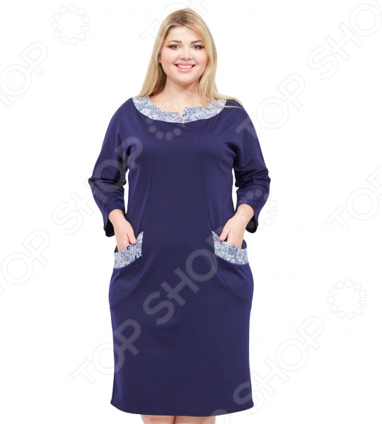 Платье Pretty Woman «Энджи». Цвет: синийПовседневные платья<br>Платье Pretty Woman Энджи поможет вам создавать невероятные образы, всегда оставаясь женственной и утонченной. Грамотный крой и цвет скрывают недостатки фигуры и подчеркивают достоинства. В этом платье вы будете чувствовать себя блистательно как на празднике, так и на вечерней прогулке по городу.  Теплое платье полуприталенного силуэта.  Удобные рукава 7 8.  Круглый вырез горловины выполнен из контрастного материала.  По бокам 2 небольших кармана.  Длина ниже колена. Платье сшито из плотного приятного материала, состоящего на 50 из шерсти с добавлением полиэстера и лайкры. Ткань хорошо тянется, не линяет, не скатывается, формы от стирки не теряет.<br>