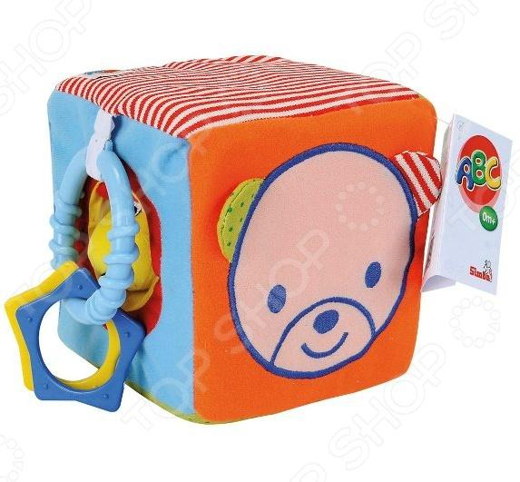 Мягкая игрушка Simba «Игровой кубик»Мягкие развивающие игрушки<br>Игрушка мягкая Simba Игровой кубик предназначена для таких маленьких, но уже таких любознательных малышей. Благодаря небольшому размеру, модель прекрасно помещается в детских руках. Внутри кубика спрятаны гремящие и шуршащие элементы. Прикрепленные к боковой поверхности прорезыватели идеально подходят для того, чтобы успокоить боль и зуд в деснах вашего ангелочка. Игрушка мягкая Simba Игровой кубик изготовлена из текстиля разной фактуры и пластика. Все материалы абсолютно безвредны и не содержат токсических веществ. Разнообразные формы и цвета способствуют развитию зрительной координации, цветового восприятия, тактильных ощущений и мелкой моторики рук ребенка, а издаваемые игрушкой звуки тренируют его слух. Размер кубика составляет 15х15 см.<br>