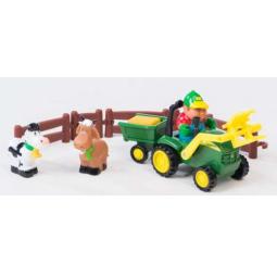 фото Набор игровой для мальчика Tomy John Deere «Погрузка урожая»