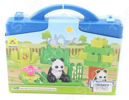 Конструктор игровой Shantou Gepai «Панда» HG-1570Игровые конструкторы<br>Конструктор игровой Shantou Gepai Панда оригинальный набор, с помощью которого можно будет собрать игушечный мир для панды. В набор входят детали для сборки и фигурка панды. Детали с легкостью присоединяются друг к другу. Выполнен из качественного материала, безопасного для ребенка. Такой конструктор позволит развить мелкую моторику рук, логическое мышление, а также позволит ребенку увлекательно провести свой досуг.<br>