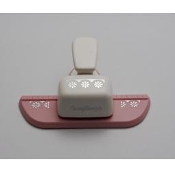 фото Дырокол фигурный для декорирования кромки листа ScrapBerry's HCP 606.041