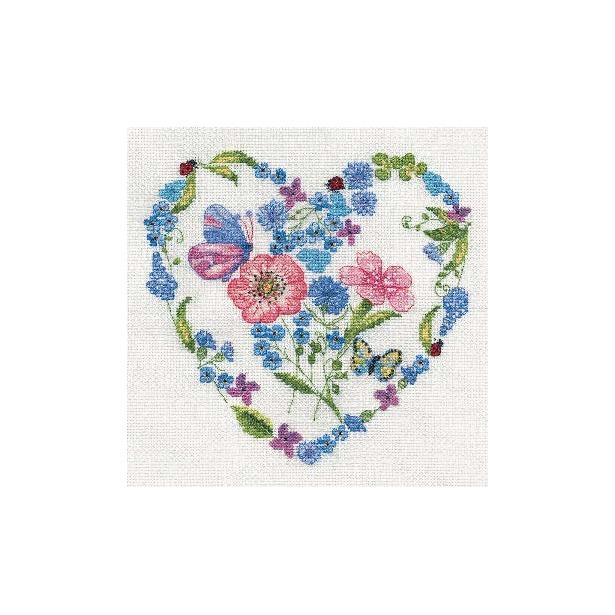 фото Набор для вышивания RTO «Цветочное сердце»