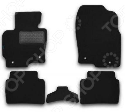 Комплект ковриков в салон автомобиля Klever Mazda CX-5 2011 PremiumКоврики в салон<br>Комплект ковриков в салон автомобиля Klever Mazda CX-5 2011 Premium прекрасный выбор для владельцев Mazda CX-5. В набор входят пять ковриков, раскроенных в строгом соответствии с контурами вашего автомобиля. Это исключает необходимость их подрезания или подгиба в случае несоответствия указанным размерам. Изделия выполнены из тафтингового ковролина плотность ворса составляет 980 гр м2 и снабжены нескользящей основой из полиуретановой пены. Края ковриков отделаны нубуковой лентой. Для продления срока службы изделия снабжаются подпятником.<br>