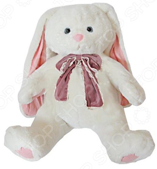 Мягкая игрушка Fluffy Family «Зайка Мила»Мягкие игрушки<br>Мягкая игрушка Fluffy Family Зайка Мила это милая игрушка, которая сделана из качественных материалов, абсолютно безопасных для малыша. Вашему ребенку точно понравится эта игрушка, ведь ее можно брать с собой, спать с ней в обнимку и играть. Внешний вид игрушки не деформируется при стирке как ручной, так и машинной, таким образом даже если с ней приключится неприятность вы без труда сможете очистить материал. Если ваш ребенок старше 3-х лет, то обязательно подарите ему мягкую игрушку, ведь все дети любят плюшевых зверей.<br>