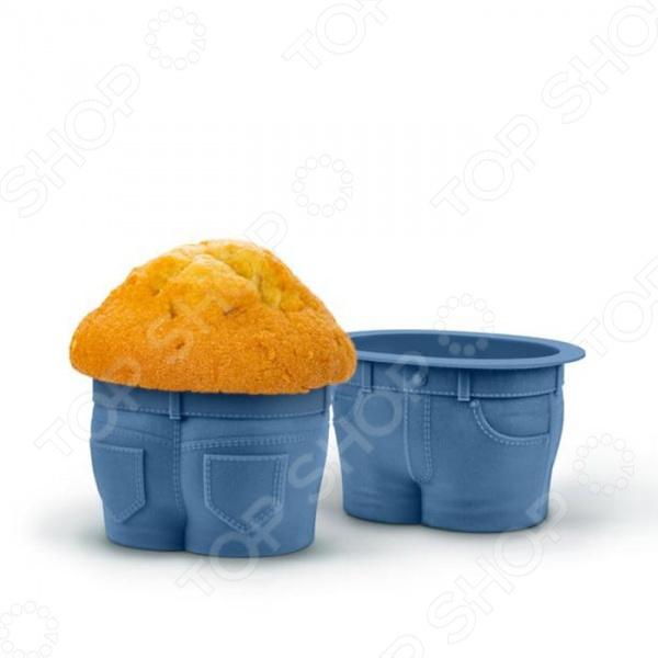 Набор форм для выпечки Fred&amp;amp;Friends Muffin TopsНабор форм для выпечки Fred Friends Muffin Tops это практичные формы для выпекания кексов или печенья, которые сделана из пищевого силикона. Посуда идеально подходит для выпекания различной выпечки, ведь форма предотвращает тесто от вытекания , при этом, предоставляя возможность с легкостью извлечь готовую выпечку. Пищевой силикон абсолютно безопасен и не вступает в реакцию с продуктами, а так же не влияет на запах и вкус готового изделия. Форма подойдет не только для выпечки, но и для изготовления конфет, мармелада, желе и фруктовых угощений! Ведь силикон легко переносит низкие температуры и не теряет свою структуру, вы можете использовать форму до -40 С. Материал не мнется, он износостойкий и легко моется, но не следует использовать моющие средства, которые содержат абразивы.<br>