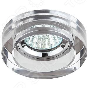 Светильник светодиодный встраиваемый Эра DK38 CH/SLСпоты встраиваемые<br>Светильник светодиодный встраиваемый Эра DK38 CH SL это красивый и мощный светильник, который способен ярко освещать целую комнату. Светильник может служить единственным источником света или дополняться декоративными светильниками. Освещение такого типа подходит для не высоких потолков, поскольку занимает достаточно мало места. Классический светильник, который позволит вам подсветить комнату, или напротив создать рассеянное освещение. Потолочный светильник может выступать как локальным источником света, так и основным, можно осветить рабочую зону или подчеркнуть интерьер. Если вы хотите создать в квартире определенный интерьер, то, в большинстве случаев, без потолочных светильников вам не обойтись. Следует заметить, что потолочные светильники прекрасно подходят для рабочих помещений, кабинетов и офисов. Можно использовать как замену люстр в маленьких помещениях, например, в помещениях где низкие потолки и вешать люстру просто невозможно. Кроме того, потолочные светильники помогут создать неповторимую атмосферу в коридорах. Свет, который излучается очень мягкий, при этом достаточно хорошо освещает помещение.<br>