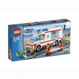 фото Конструктор LEGO Машина скорой помощи