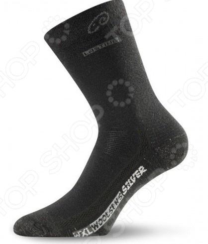 Носки трекинговые Lasting WXL620Термоаксессуары<br>Носки трекинговые Lasting WXL620 это практичные носки, которые необходимы для активного отдыха, ведь от этого зависит все качество путешествия. Тот кто ходит в походы не по наслышке знает о проблеме влажных ног, это приводит к раздражению, натиранию и образованию нежелательных мозолей, это снизит комфортность при ходьбе, затормозят вас в пути и исключат всю радость от проделанного пути. Специальные трекинговые носки созданы для того, чтобы ни одна из этих проблем не возникла и поход приносил только радостные впечатления.<br>