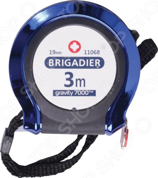 Рулетка Brigadier GravityРулетки. Мерные ленты<br>Рулетка Brigadier Gravity профессиональный измерительный прибор, который разработан специально для выполнения длительный и тяжелых строительных ремонтных работ. Рулетка выполнена из качественных и надежных материалов, которые обеспечивают её комфортное использование в любых условиях. Ударопрочный корпус из ABS пластика имеет специальное хромовое покрытие для более продолжительного срока службы. Для удобного и комфортного хвата предусмотрены мягкие и пористые вставки, так ваши руки не будут скользить во время измерения. Само плотно выполнено из тонкой и высокопрочной стали. Это означает, что такое полотно не будет рваться и ломаться даже после долгих лет использования. Другие особенности рулетки Brigadier Gravity:  специальный защитный чехол из нейлона;  мощный магнит из редкоземельных металлов.<br>