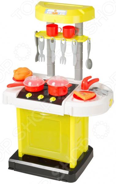 Кухня детская с аксессуарами HTI со звуковыми эффектами SmartСюжетно-ролевые наборы<br>Кухня детская с аксессуарами HTI со звуковыми эффектами Smart реалистично выполненная игрушка для сюжетно-ролевых игр. Она станет замечательным подарком ребенку, который только познает этот мир. Электронная кухня с мойкой, плитой и духовкой издает реалистичные звуки при готовке. Оснащена открывающимися дверцами. Для питания игрушки понадобятся 3 батарейки типа АА батарейки не входят в комплект поставки . В набор входят дополнительные аксессуары 15 элементов для готовки. А чтобы кухню было легко переносить, она складывается в компактный чемоданчик! Этот игровой набор важен для детей, поскольку развивают фантазию, помогают научить его порядочности, чистоплотности и заботе, а также почувствовать ответственность.<br>