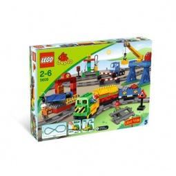 фото Конструктор LEGO Поезд большой