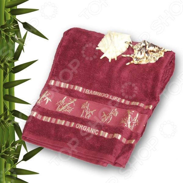 Полотенце махровое Mariposa Tropics lilacПолотенца<br>Полотенце махровое Mariposa Tropics lilac изготовлено из высококачественного хлопка и прочных бамбуковых волокон. Благодаря своим особенным свойствам, бамбук стал настоящим открытием в сфере текстильной промышленности. Его волокна обладают невероятной природной силой, блеском и мягкостью. Бамбук обладает антисептическими свойствами, что позволяет снизить воздействие микробов до минимума. Полотенце прекрасно впитывает влагу, достаточно быстро сохнет, несмотря на свою плотную структуру. В процессе изготовления используются натуральные краски, насыщенность и яркость которых подчеркивают все богатство махры. Такое оригинальное изделие станет прекрасным дополнением для любой ванной комнаты, а также будет отличным подарком для родных и близких хорошее качественное полотенце нужно всегда.<br>