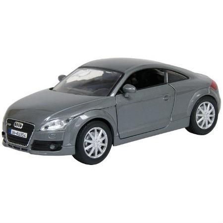 Купить Модель автомобиля 1:24 Motormax Audi TT Coupe 2007. В ассортименте