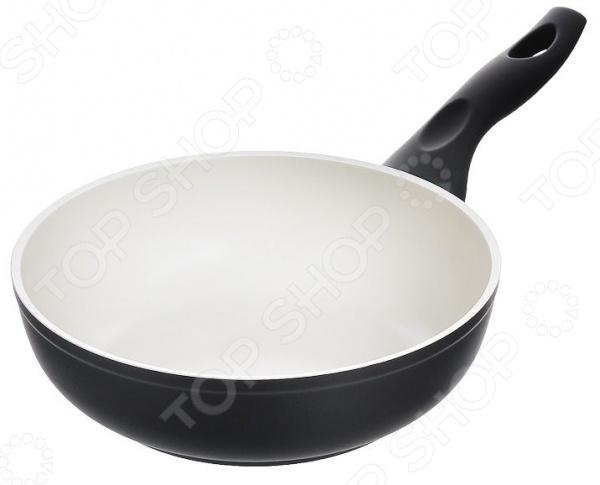 Сотейник и силиконовая подставка Flonal Palladium EcoLuxСотейники<br>Сотейник и силиконовая подставка Flonal Palladium EcoLux великолепное дополнение к вашей кухонной утвари. Прочный и надежный сотейник позволит вам готовить любимые блюда без использования большого количества масла. Эта посуда идеально подойдет для варки или тушения овощей, мяса, приготовления кремов и соусов. Специальное керамическое Cera-Tech покрытие отличается удивительными антипригарными свойствами, которые позволяют готовить без использования большого количества масла. Это делает блюда не только более здоровыми и полезными, но и очень вкусными и ароматными. Оно также защищает сотейник от царапин, сколов и перегрева. Эргономичная бакелитовая ручка не снимается и не нагревается, что обеспечивает дополнительное удобство при приготовлении пищи. Данная модель модель относится к лимитированной серии с приятным бонусом в виде специальной подставки, которая надежно защитит ваше настольное покрытие от раскаленных сковородок, кастрюль и прочей посуды. Подставка выполнена из силикона долговечного, простого в уходе материала.<br>