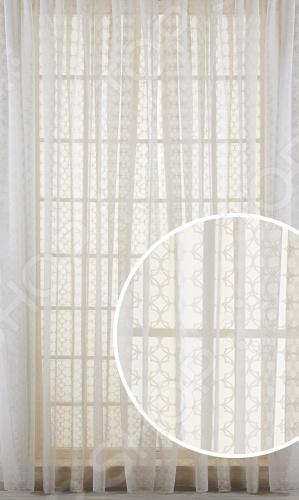 Шторы Primavelle MirtaШторы<br>Шторы Primavelle Mirta это качественный оконный занавес, который преобразит интерьер и оживит атмосферу, придав всей комнате домашний уют, завершенность и оригинальность. Шторы изготовлены из 50 вискозы и 50 полиэстера. Такой состав ткани имеет отличные потребительские свойства он практически не мнется, легко отстирывается от загрязнений, не притягивает пыль и не требует глажки. Благодаря этому ткань способна выдержать сотни стирок без потери цвета и прочности. Шторы с современным дизайном хорошо пропускают дневной свет, но при этом рассеивают его, что идеально для комнат, выходящих на солнечную сторону. Модель крепится на шторную ленту. Интерьер квартиры или дома, в котором окна не украшены занавесом, сегодня трудно представить, поэтому шторы станут отличным подарком для любого человека. Купить шторы способ недорого, быстро и изящно преобразить дизайн домашнего интерьера!<br>