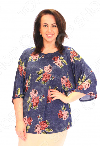 Блуза Wisell «Летний букет». Цвет: синий, розовыйБлузы. Рубашки<br>Блуза Wisell Летний букет это легкая и нежная блуза, которая поможет вам создавать невероятные образы, всегда оставаясь женственной и утонченной. Благодаря отличному дизайну она скроет недостатки фигуры и подчеркнет достоинства. Блуза прекрасно смотрится с брюками и юбками, а насыщенный цвет привлекает взгляд. В этой блузе вы будете чувствовать себя блистательно как на работе, так и на вечерней прогулке по городу. Свободный крой и универсальная длина ниже бедра делают блузу одеждой на все случаи жизни, а удобные рукава скрывают полноту плеч. Круглый вырез горловины обработан внутренней обтачкой, отлично сочетается с длинными рукавами и подчеркивает изящество фигуры. Перед и спинка изделия выполнены из трикотажного полотна хорошей растяжимости. Швы обработаны синтетическими нитями, эластичными нитями, благодаря чему швы тянутся и не натирают. Блуза изготовлена из мягкого материала вискоза 30 , полиэстер 65 , эластан 5 , благодаря чему материал не скатывается и не линяет после стирки. Благодаря вискозе кожа дышит и не преет, а полиэстер не дает изделию скатываться и терять свой внешний вид после стирок и ношения. Швы обработаны эластичными нитями, поэтому не натирают кожу. Уникальная модель, которую можно приобрести только на нашем телеканале!<br>