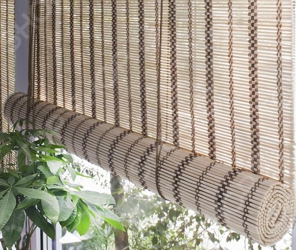 Шторы рулонные Эскар Золотой беж - качественный аксессуар, который стане оригинальным и функциональным украшением вашего интерьера. При поднятии штора образует рулон, который представляет собой интересный декор окна. Полотно устроенно таким образом, что позволяет пропускать дневной свет, обеспечивая, тем самым, мягкое естественное освещение помещения. Рулонные шторы станут прекрасным дополнением любого интерьера, будут превосходно сочетаться с мебелью разных стилей, а так же с элементами отделки. В комплекте:  рулонная бамбуковая штора;  2 крепежных крючка.