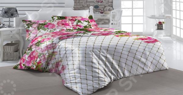 Комплект постельного белья «Клематис». 1,5-спальный1,5-спальные<br>Комплект постельного белья Клематис это удобное постельное белье, которое подойдет для ежедневного использования. Чтобы ваш сон всегда был приятным, а пробуждение легким, необходимо подобрать то постельное белье, которое будет соответствовать всем вашим пожеланиям. Приятный цвет, нежный принт и высокое качество ткани обеспечат вам крепкий и спокойный сон. Можно отметить следующие особенности:  В романтическую коллекцию Клематис влюбляешься с первой секунды. Шикарная композиция из нежных цветов олицетворяет красоту и утонченность.  Рисунок нанесен с помощью новейшей технологии 3Д печати, при правильном использовании прослужит вам очень долго.  Комплект входит в коллекцию Клематис . Приобретите все ее элементы, чтобы оформить вашу комнату в едином стиле.  Все составляющие комплекта выполнены из микрофибры, за исключением пододеяльника и наволочки 50х70 см, у которых верхняя сторона выполнена из атласа, а нижняя из микрофибры. Ткань устойчива к механическим воздействиям. Перед первым применением комплект постельного белья рекомендуется постирать. Перед стиркой выверните наизнанку наволочки и пододеяльник. Для сохранения цвета не используйте порошки, которые содержат отбеливатель. Рекомендуемая температура стирки: 30 С и ниже без использования кондиционера или смягчителя воды.<br>