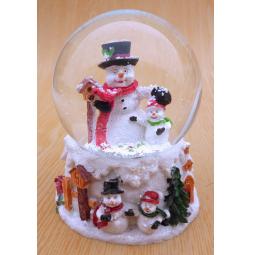 фото Снежный шар декоративный Crystal Deco «Снеговики»