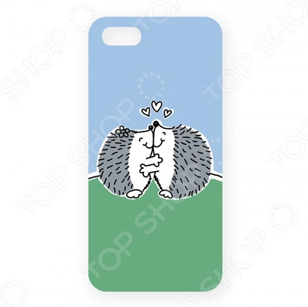 Чехол для iPhone 5 Mitya Veselkov «Влюбленные ежики» чехол для iphone 5 mitya veselkov газировка