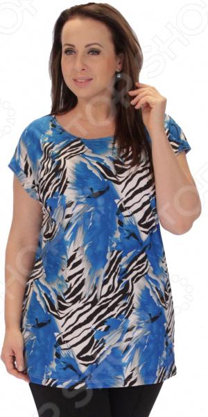 Туника СВМ-ПРИНТ «Олюшка»Туники<br>Туника СВМ-ПРИНТ Олюшка это великолепная вещь, которая создана с учетом всех особенностей женской фигуры. В этой тунике вы будете чувствовать себя тепло и комфортно как на работе, так и на любой вечеринке. Тунику можно носить не только с брюками, но и с юбками, ведь цвет универсален, а цветочные вставки по бокам отвлекут внимание от проблемных зон и подчеркнут достоинства фигуры. Оригинальный принт туники имеет важную функцию: яркая расцветка, отвлекает внимание от недостатков и облегчает силуэт. Это классический и эффективный прием, помогающий добиться гармоничных пропорций тела. Кроме того, вырез горловины округлый, что подчеркивает красоту шеи и линию декольте. Длина до середины бедра изделия удачно подчеркивает талию и делает силуэт выше, а рукава скроют полноту рук. Швы обработаны текстурированными, эластичными нитями, благодаря чему швы тянутся и не натирают. Сшита туника из мягкого материала 100 полиэстер , которая хорошо пропускает воздух и является антистатической, не скатывается при стирке и ношении. Полиэстер поможет сохранить вещь в отличном состоянии, даже после многих стирок ткань не вытянется и не полиняет. Однако, будьте внимательны при стирке, ведь в мокром состоянии такие вещи легко теряют прочность.<br>