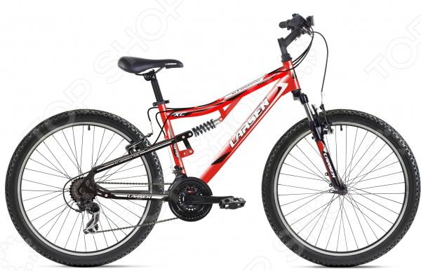 Велосипед горный Larsen Offroad 2016 годаВелосипеды взрослые<br>Велосипед горный Larsen Offroad 2016 года отличный взрослый велосипед, который идеально подойдет любителям скоростной езды и велопрогулок по пересеченной местности или городским трассам. Данная модель отличается надежной и прочной рамой, стильным и ярким дизайном, высококачественными комплектующими, которые гарантируют долгий и качественный срок службы. Упругие колеса с высококачественными покрышками Wanda и двойными алюминиевыми ободами эффективно сглаживают все неровности дороги. Велосипед также оборудован двумя переключателями марки Shimano, которые работают в диапазоне 18 скоростных передач. Данная модель рассчитана на пользователей с максимальным весом до 95 кг и ростом от 155 до 195 см. Высота руля и седла регулируются и подстраиваются под рост пользователя. Этот прекрасный двухподвесный велосипед доставит вам массу удовольствия.<br>