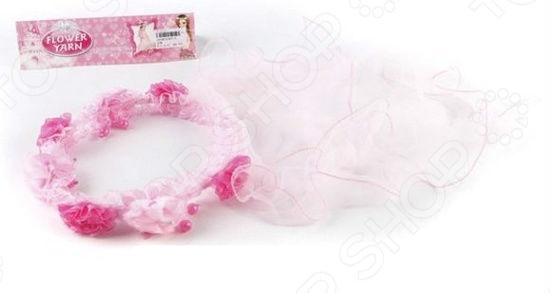 Венок для девочки Shantou Gepai «Маленькая принцесса» 667-5Венок для девочки Shantou Gepai Маленькая принцесса 667-5 праздничный аксессуар для вашей маленькой модницы. Этот чудесный венок может стать не только отдельным аксессуаром, но и очаровательным дополнением к костюму маленькой феи и принцессы для какого-нибудь детского праздника или костюмированной вечеринки. Аккуратный венок украшен красивыми цветами и бусинами, а также легкой полупрозрачной вуалью. Благодаря тканевому покрытию прочного каркаса, девочка будет чувствовать себя максимально комфортно и удобно. Венок не будет давить на голову или рвать волосы при его снятии.<br>