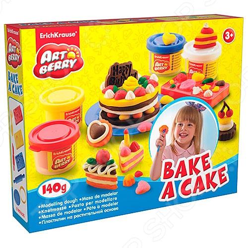 Набор игровой для лепки Erich Krause Bake a CakeЛепка из пластилина<br>Набор игровой для лепки Erich Krause Bake a Cake для увлекательного путешествия в мир искусства и открытого творчества. Материал для лепки отличается высокой пластичностью, его очень просто размягчить и, что очень удобно, он не липнет к детским рукам, а в случае попадания на одежду без труда отстирывается. Во время лепки, у ребенка будут активно развиваться мелкая моторика, пространственное мышление, чувство цвета и пропорции, а так же воображение. Как в процессе работы, так и после ее полного завершения, масса для лепки хорошо держит форму, даря ребенку радость и чувство гордости за то, что ему удалось создать собственными руками оригинальную вещь. В наборе вы найдете:  4 цвета пластилина по 35 г  3 формы-трафарета для лепки круглую формочку  скалка, вилка  тарелка  стек.<br>