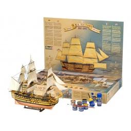 Купить Сборная модель парусника Revell H.M.S. Victory