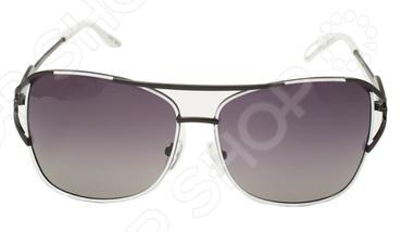 Очки поляризационные Mitya Veselkov OS-26Очки<br>Очки поляризационные Mitya Veselkov OS-26 станут прекрасным дополнением к набору ваших аксессуаров. Они прекрасно сидят, имеют оригинальный дизайн и эффективно защищают глаза от ультрафиолетовых лучей. Внешне очки данного типа очень похожи на привычные солнцезащитные, однако на самом деле очень отличаются от них. Главной особенностью линз с поляризацией является их способность блокировать солнечный свет, отраженный от горизонтальных поверхностей. Больше всех эффект поляризации могут оценить люди, которые много находятся за рулем. Мокрый асфальт, водная гладь или заснеженный пейзаж могут нести серьезную опасность, т.к. являются источниками отражений. Попав в такое положение, водитель может на мгновение ослепнуть , а это неминуемо ведет к потере контроля за ситуацией на дороге. Поляризационные очки позволяют вам избавиться от подобных проблем, уменьшая усталость глаз, раздражение сетчатки и повышая, в свою очередь, зрительный комфорт.<br>