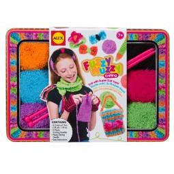 Купить Набор для вязания спицами ALEX «Модные вещи из пушистой пряжи»