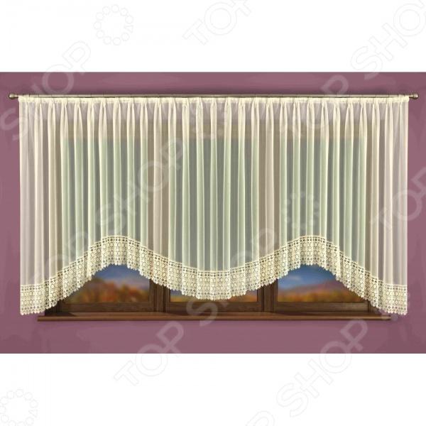 Гардина Wisan 040WЗанавески. Гардины. Тюли<br>Гардина Wisan 040W это качественный оконный занавес, который преобразит интерьер и оживит атмосферу, придав всей комнате домашний уют, завершенность и оригинальность. Гардина изготовлена из полиэстера, который практически не мнется, легко отстирывается от загрязнений, не притягивает пыль и не требует глажки. Благодаря этому ткань способна выдержать сотни стирок без потери цвета и прочности. Обычные материалы со временем выгорают, на них собирается пыль, появляются неприятные запахи. С полиэстером этого не происходит гардина почти не пачкается и не впитывает запахи, при этом вы очень легко ее постираете и высушите. Интерьер квартиры или дома, в котором окна не украшены занавесом, сегодня трудно представить, поэтому гардина станет отличным подарком для любого человека. Купить гардину способ недорого, быстро и изящно преобразить дизайн домашнего интерьера!<br>