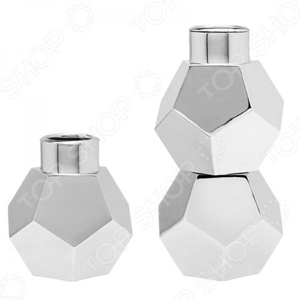 Набор подсвечников Umbra Geo, 3 шт.Свечи. Подсвечники<br>Набор подсвечников Umbra Geo, 3 шт. был вдохновлен современным геометрическими формами и лаконичными линиями, поэтому изделия этого набора идеально впишутся в интерьер любой гостиной или спальни. Подсвечники можно использовать как по отдельности, так и соединив друг с другом. Приглушите свет, зажгите свечи и создайте романтическую обстановку вместе с набором Umbra Geo!<br>