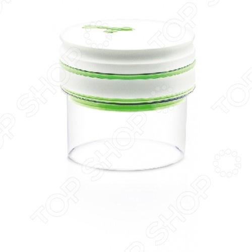 Контейнер вакуумный для продуктов ComboEZ CK009G5Контейнеры для продуктов и ланч-боксы<br>Контейнер для продуктов ComboEZ CK009G5 отлично подходят для хранения сыпучих продуктов питания. Автоматический вакуумный насос интегрирован в герметическую крышку, что позволяет создать вакуум нажатием всего одной кнопки. Отсутствие воздуха в контейнере препятствует размножению бактерий. При ослаблении вакуума, он автоматически восстанавливается. Объем контейнера 0.5 л.<br>