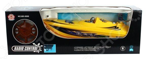 Катер на радиоуправлении Shantou Gepai MX-0006-23Катера, лодки, корабли радиоуправляемые<br>Катер на радиоуправлении Shantou Gepai MX-0006-23 - замечательная радиоуправляемая игрушка, которая придется по нраву юному любителю водных гонок на сверхскоростных катерах. Удивительно детализированный спортивный катер отличается высокой маневренностью, поэтому позволяет устраивать морские бои или катерные гонки. Управление осуществляется за счет четырехканального пульта управления. С его помощью вы сможете заставить катер двигаться в четырех векторах: вперед, назад, вправо и влево. Игрушка выполнена из высококачественного пластика, который гарнирует ее безопасность и отличную износоустойчивость. Особенности катера на радиоуправлении Shantou Gepai MX-0006-23:  развивает скорость до 5 км час;  радиус пульта управления составляет 30 м;  работает на основе батарейки 7.2 V. Перед тем как приступить игре проверьте, чтобы контакты на дне корпуса были замкнуты, иначе катер не будет реагировать на ПУ.<br>