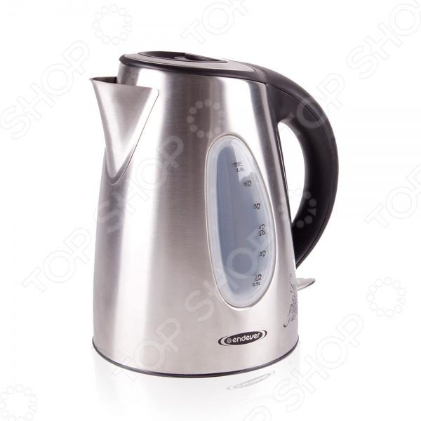 Чайник Endever KR-208SЧайники электрические<br>Чайник Endever KR-208S сочетает в себе современный дизайн, высокое качество материалов и простоту использования. Прибор без труда нагревает и кипятит воду объемом до 1,8 л, а световой индикатор и мерная шкала позволяют контролировать ее состояние в чайнике. Система автоотключения не позволит включить чайник без воды и автоматически отключит его после закипания, чтобы предотвратить выкипание воды и возможные повреждения прибора.<br>