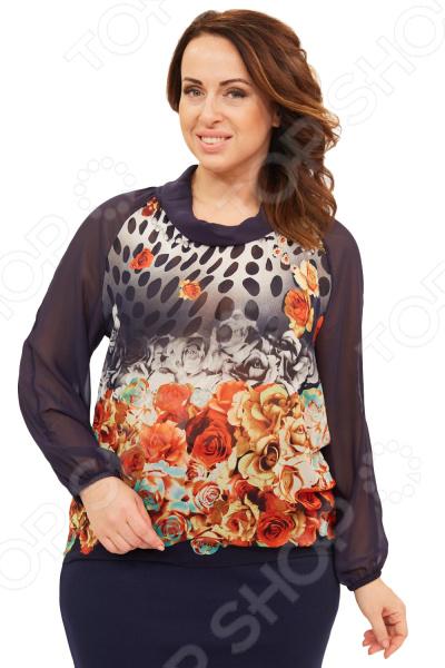 Блуза СВМ-ПРИНТ «Авива». Цвет: красныйБлузы. Рубашки<br>Блуза СВМ-ПРИНТ Авива незаменимая вещь в гардеробе модницы. Подойдет для женщин практически любой комплекции, ведь особенности кроя помогают скрыть недостатки и подчеркнуть достоинства фигуры. Эта блуза полуприталенного силуэта отлично подойдет для повседневного использования.  Удобная длина до середины бедра будет идеально смотреться на женщинах с любым типом фигуры и любого возраста.  Выразительный фасон позволяют надеть ее не только в офис или на прогулку, но и на официальные мероприятия.  Вырез горловины хомут, сочетается с длинными рукавами. Манжеты на резинке.  На фото с юбкой Венера . Блуза изготовлена из высококачественного трикотажа 100 полиэстер . Полиэстер предохраняет вещь от измятия и быстро высыхает после стирки. Уникальная модель, которую можно приобрести только на нашем телеканале!<br>
