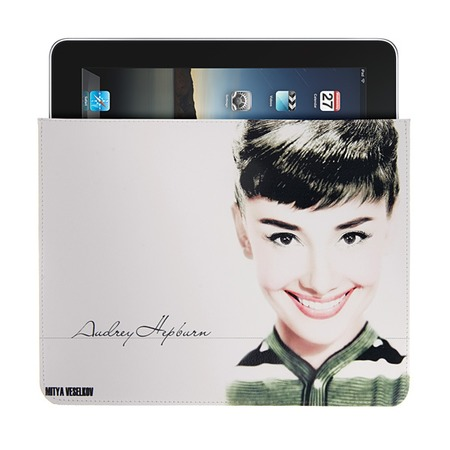 Купить Чехол для iPad Mitya Veselkov «Одри улыбается»
