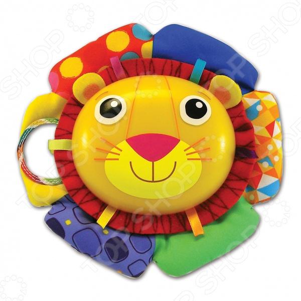 Игрушка музыкальная Tomy Лев Логан поможет быстро успокоить малыша. Музыкальный лев крепится на кроватку. Его грива выполнена из мягких и ярких материалов, которые приятны на ощупь и не вызывают у малышей аллергии. Лев проигрывает приятную убаюкивающую мелодию, которая успокаивает малыша. С такой игрушкой его сон станет ещё крепче и безмятежней.