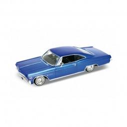 Купить Модель винтажной машины 1:24 Welly Chevrolet Impala 1965. В ассортименте
