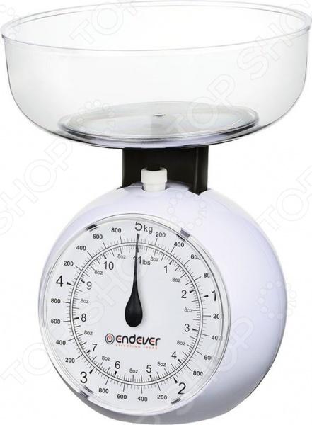Весы кухонные Endever KS-517Кухонные весы<br>Весы кухонные Endever KS-517 самый важный и необходимый инструмент на любой современной кухни. Бывает, что точно взвесить на глаз количество муки, сахара, фруктов или каши не получается, а определять количество ингредиентов ложками очень долго и не удобно. Практичные кухонные весы решат эту проблему в один миг. Теперь вы сможете отложить в сторону бесконечные мерные стаканчики, которые все равно не дают точного количества продуктов. Весы обеспечат надежное и максимально точное взвешивание продуктов массой до 5 кг. Точность измерения составляет около 40 г, поэтому такие весы будет удобно использовать в случае, если вам потребуется взвесить более объемные продукты, например, овощи, фрукты, крупы и прочее. Просто выложите продукты в удобную взвешивающую чашу и следуйте рецепту.<br>