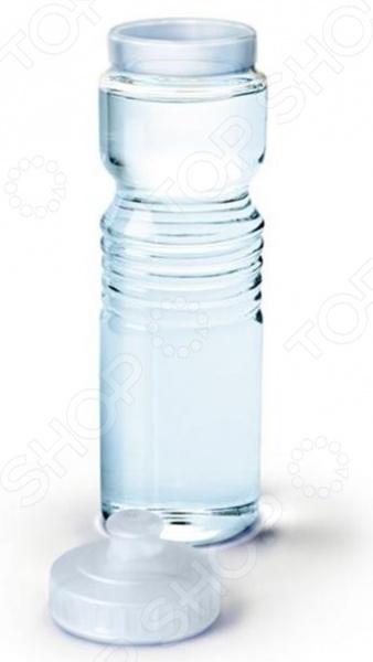 Графин для воды Fred&amp;amp;Friends Gym GlassКувшины<br>Графин для воды Fred Friends Gym Glass станет отличным дополнением к набору аксессуаров и принадлежностей для кухни. Его можно использовать для подачи и хранения компотов, соков, воды, лимонада и др. Кувшин изготовлен из высококачественного стекла и снабжен плотно закрывающейся крышкой. Он выполнен в форме спортивной бутылки, что по достоинству оценят сторонники здорового образа жизни.<br>