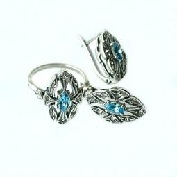 фото Серьги и кольцо JENAVI «Маркиза». Вставка: голубой кристалл. Размер: 17