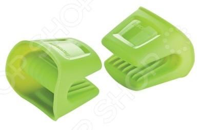 Прихватка малая Tescoma FusionКухонные полотенца. Прихватки<br>Прихватка малая Tescoma Fusion надежно защитит кожу рук от ожогов во время готовки и выемки горячих блюд из духового шкафа. Изделие выполнено из высокопрочного силикона, выдерживает высокие температуры до 230 C и не впитывает посторонние запахи. Торговая марка Tescoma это синоним первоклассного качества и стильного современного дизайна. Компания занимается производством и продажей кухонных инструментов, аксессуаров, посуды и т.д. Функциональность, практичность и инновационные решения вот основные принципы торгового бренда Tescoma.<br>