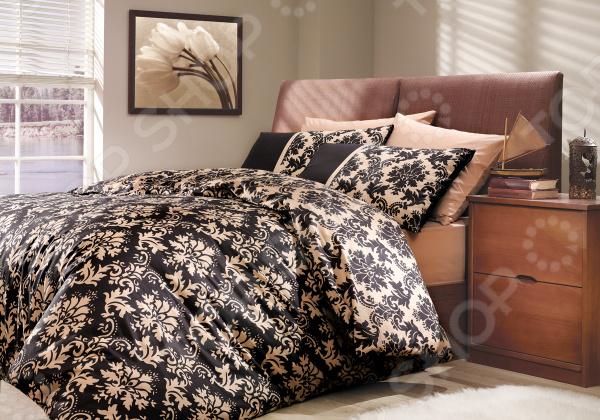 Комплект постельного белья Hobby Home Collection Avangarde. Цвет: черный. 1,5-спальный1,5-спальные<br>Комплект постельного белья Hobby Avangarde это незаменимый элемент вашей спальни. Человек треть своей жизни проводит в постели, и от ощущений, которые вы испытываете при прикосновении к простыням или наволочкам, многое зависит. Чтобы сон всегда был комфортным, а пробуждение приятным, мы предлагаем вам этот комплект постельного белья. Приятный цвет и высокое качество комплекта гарантирует, что атмосфера вашей спальни наполнится теплотой и уютом, а вы испытаете множество сладких мгновений спокойного сна.  Комплект выполнен из ткани, состоящей на 100 из хлопка, и обладает следующими преимуществами:  Мягкий и приятный на ощупь материал отличается высокой гигроскопичностью и хорошо пропускает воздух.  Рисунок нанесен на ткань с применением современных технологий печати, что делает его не только выразительным, но и долговечным.  Натуральный материал гипоаллергенен и безопасен для здоровья.  Особое переплетение нитей ткани повышает устойчивость к легким механическим повреждениям.  Тип ткани поплин. Своими свойствами он напоминает бязь, однако на ощупь более мягкий и гладкий. Перед первым применением комплект постельного белья рекомендуется постирать. Перед этим выверните наизнанку наволочки и пододеяльник. Для сохранения цвета не используйте порошки, которые содержат отбеливатель. Рекомендуемая температура стирки 40 С и ниже без использования кондиционера или смягчителя воды. Обновите свою кровать таким комплектом постельного белья, и интерьер вашей комнаты заиграет новыми красками.<br>