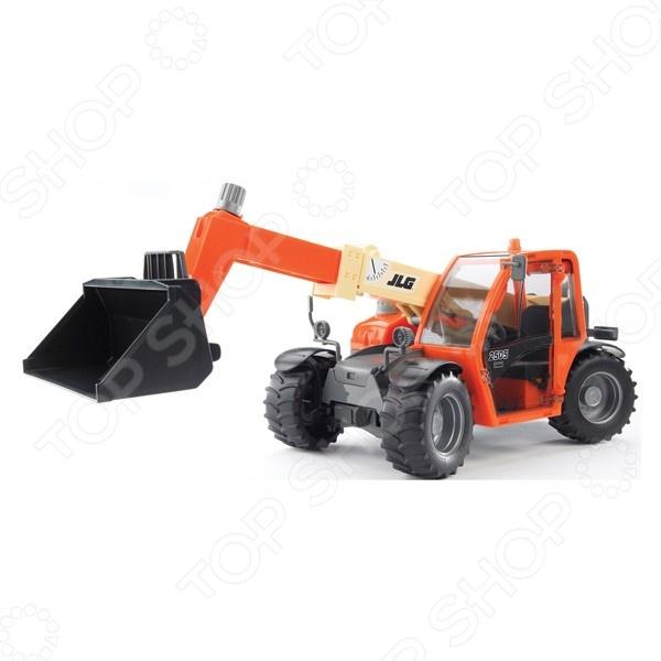 Погрузчик игрушечный Bruder колесный JLG 2505 Telehandler