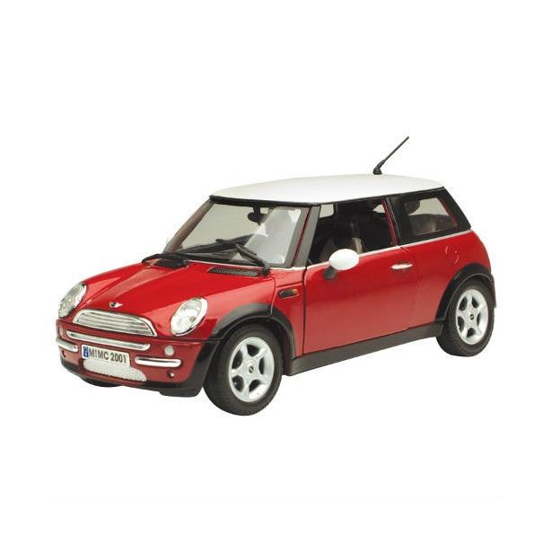 фото Модель автомобиля 1:18 Motormax Mini Cooper. В ассортименте