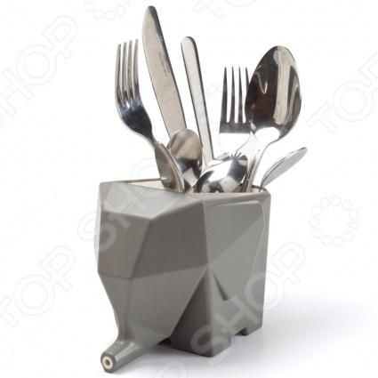 Сушилка для столовых приборов Peleg Design Jumbo станет украшением вашей кухни. Эта сушилка позволит вам совершенно по другому взглянуть на простые и обыденные вещи. Кто сказал, что полезные вещи не могут быть оригинальными Сушилка выполнена в форме слона, который будет держать ваши столовые приборы. Поставьте сушилку так, чтобы хобот слона спускался в раковину, тогда вода с приборов будет стекать прямо в раковину. Новый креативный бренд Peleg Design разрушит ваши стереотипы о том, как должны выглядеть вещи, которыми мы пользуемся каждый день. Разработчики моделей пытаются создать функциональные аксессуары, в оригинальном дизайнерском исполнении. С помощью этих аксессуаров вы сможете взглянуть на повседневные вещи совершенно под другим углом, а продукция этого бренда придется по вкусу даже самым взыскательным потребителям.