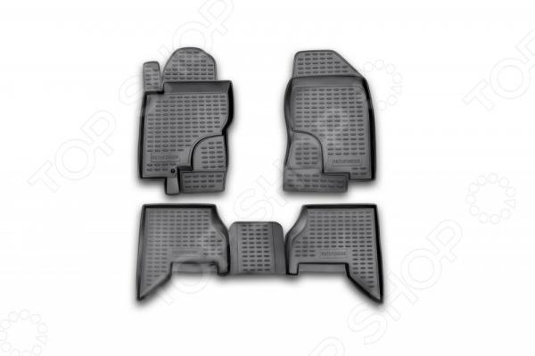 Комплект ковриков в салон автомобиля Novline-Autofamily Nissan Pathfinder 2005-2010Коврики в салон<br>Комплект ковриков в салон автомобиля Novline Autofamily Nissan Pathfinder 2005-2010, созданные для сохранения чистоты в салоне автомобиля. Обладают повышенной прочностью, износостойкостью и очень удобны в использовании. Эти коврики станут неотъемлемой частью вашего автомобильного интерьера. Края обработаны высокопрочной крученой нитью. Преимущества: новый полимерный материал, коврики оснащены фиксаторами, защита от западания педали газа, антискользящий рельеф, идеальная подходимость.<br>