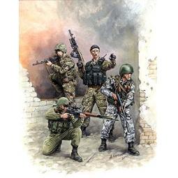 фото Сборная модель Звезда Российский спецназ №1